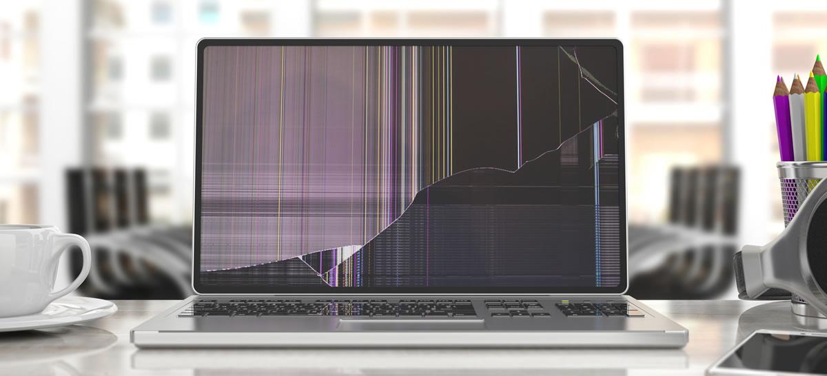 Laptop Display gebrochen? Reparatur durch Smile Repair.