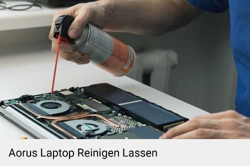 Aorus Laptop Innenreinigung Tastatur Lüfter